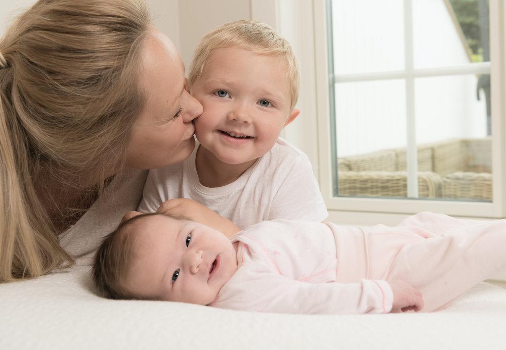 107-Nyfødt_famile_kjærlighet_glede_baby.jpg