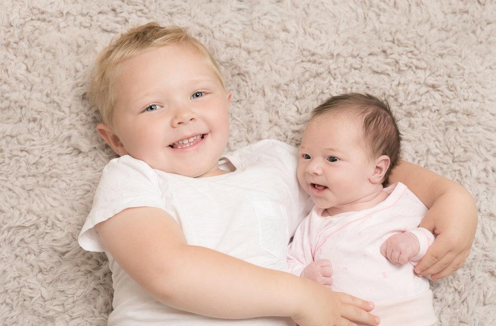 108-Nyfødt_famile_kjærlighet_glede_baby.jpg