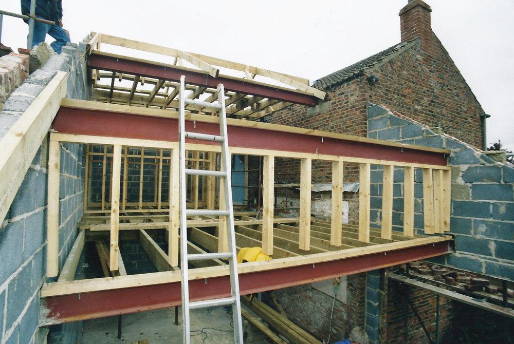 Walbut House Construction In 2 - Samuel Kendall Associates.jpg