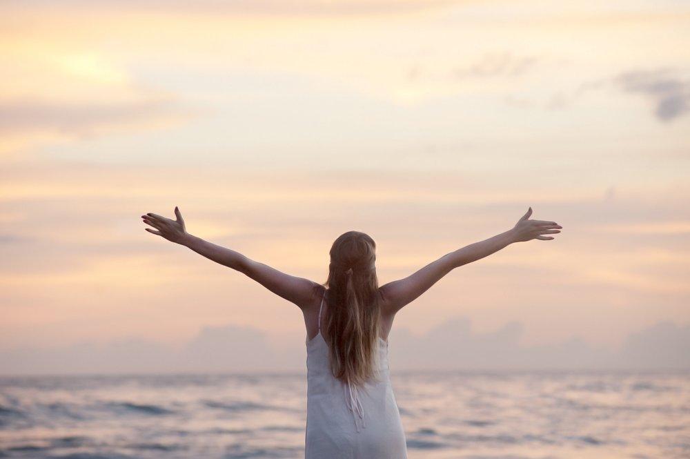 Yoga Flow Adventures - Hands Up