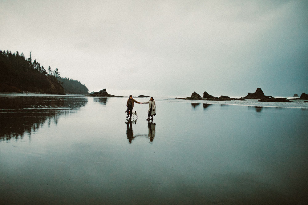 ruby-beach-1924us-engagement-photos-12.jpg