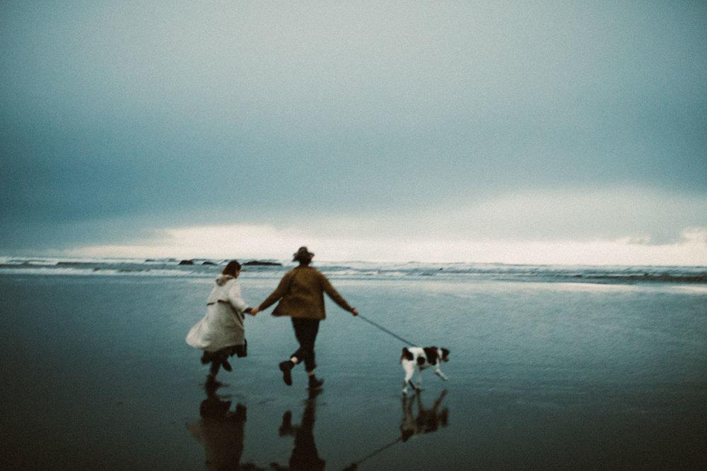ruby-beach-1924us-engagement-photos-16.jpg