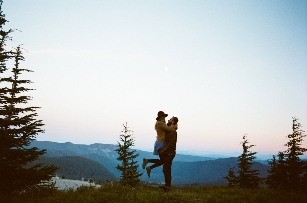 Mt hood hipster engagement photos