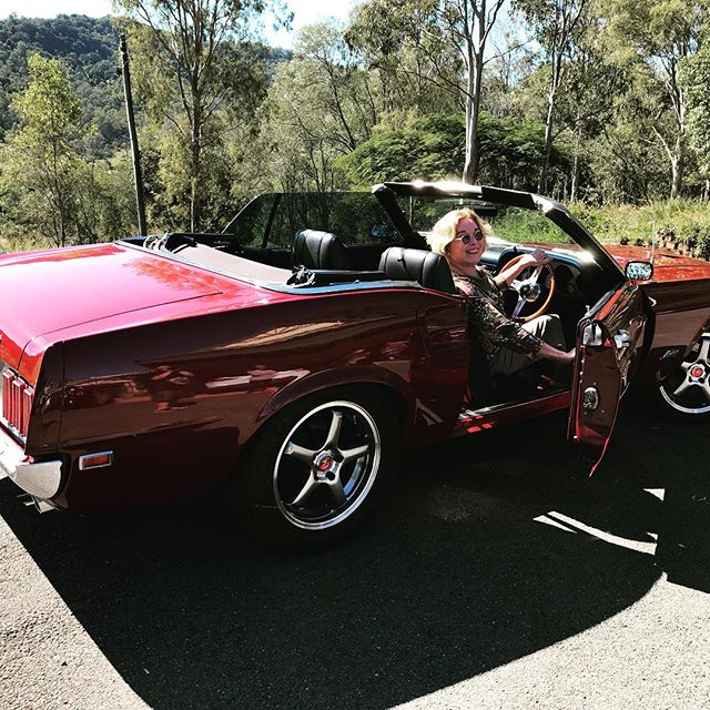 Douwn Unda in family's '69 Mustang. #Barbarahinesart #vintagemustang #australianartist #jewishwomen #jewishart #