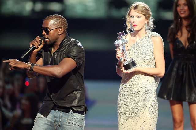 """Imma let you finish..."" No Kanye. This is not up for debate. No other Super Bowl team is better. #HTTR."