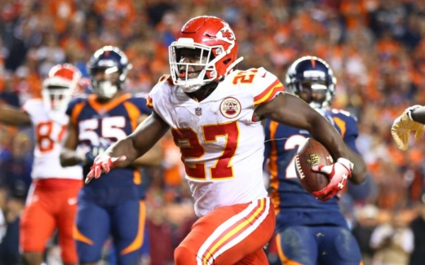 Kareem Hunt iced the game for the Chiefs.