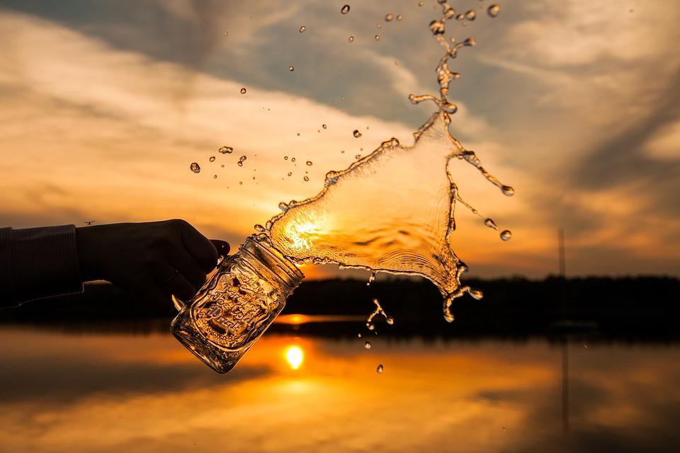 glass-2565794_960_720.jpg