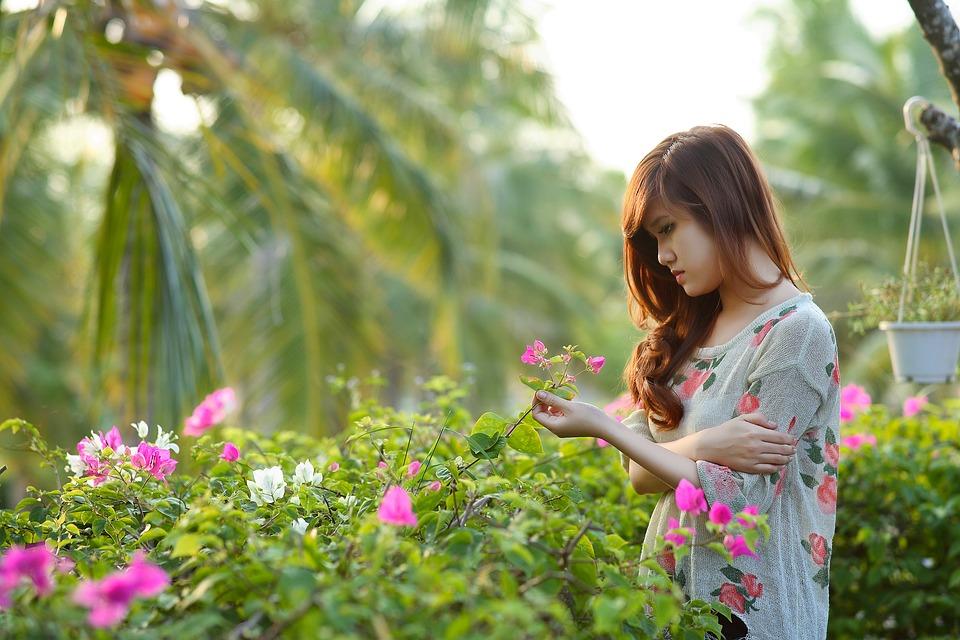 girl-1721424_960_720.jpg