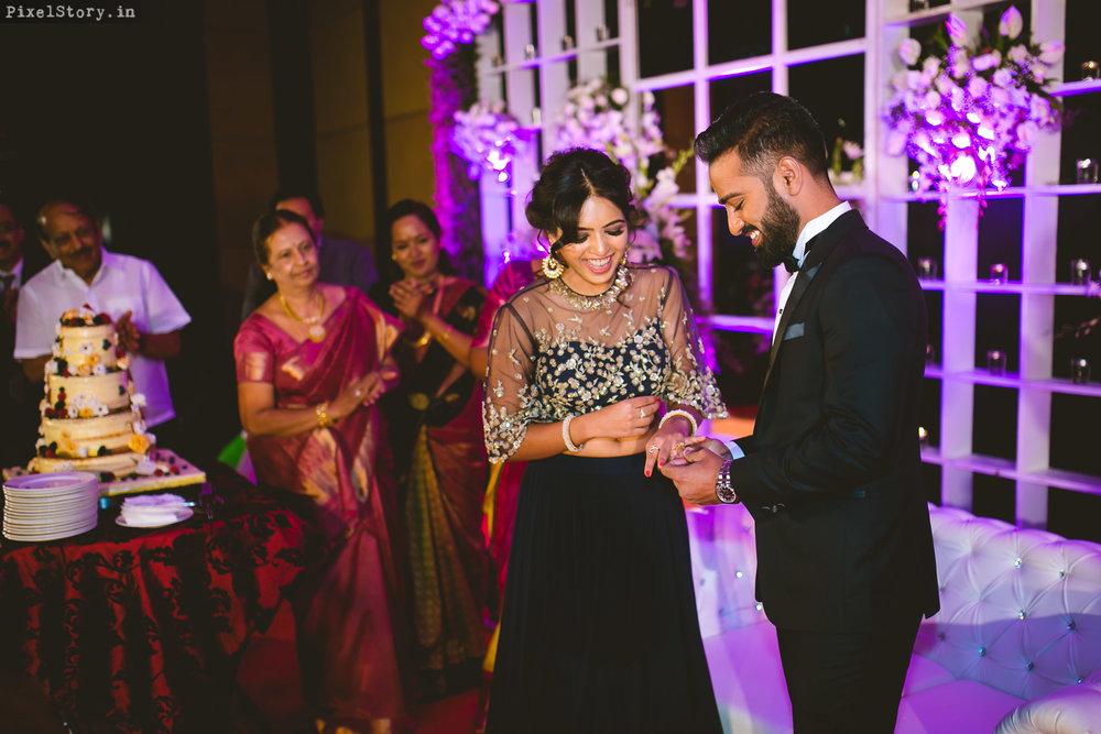 PixelStory-Engagement-Ritz-Carlton-Preksha-Bharath-012.jpg