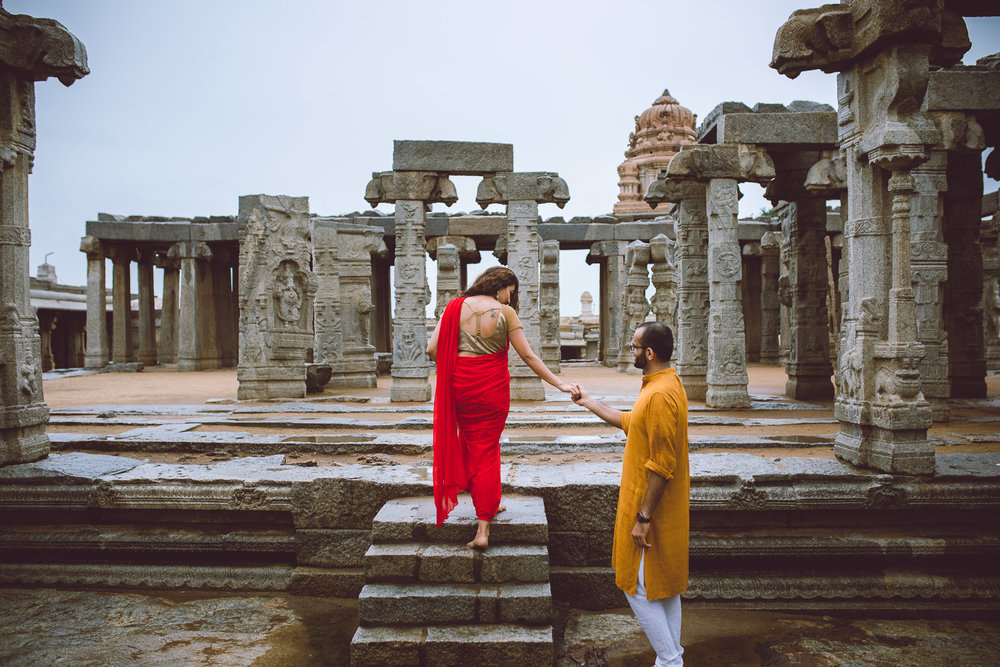 Pre-wedding-Bangalore-Lepakshi-Temple-Pixelstory- photographer-7217.jpg