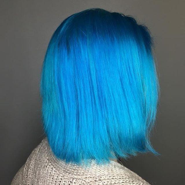 Got the blues Hair by @samanthamaybeauty  #downtownstcil #stcharles #stcharlesil #salon #salonagape #blue #bluehair #alfaparf #alfaparfmilano #alfaparfusa #unitehair #unitehaircare #unitehairoftheday