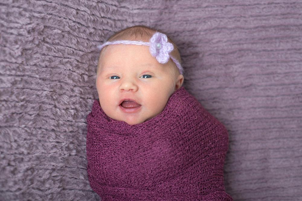 Olivia Newborn (36).jpg