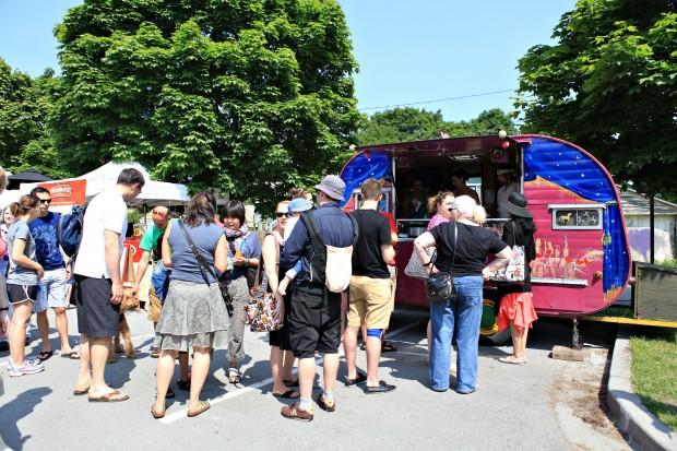 vancouver farmers market food trucks