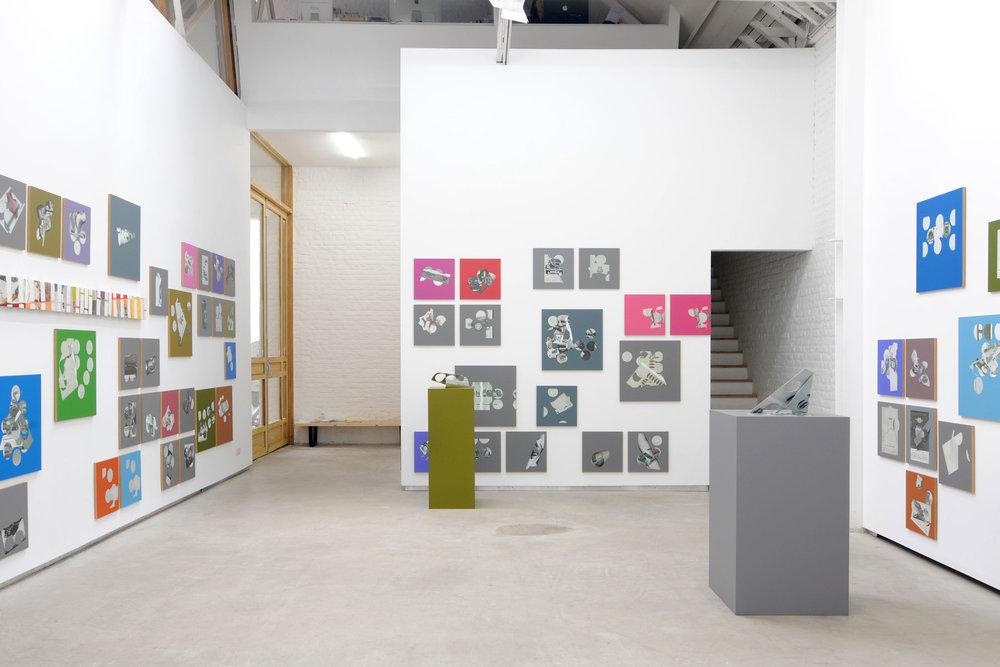Kelley-Walker_Catherine-Bastide_2012_exhibition_Brussels_1.jpg