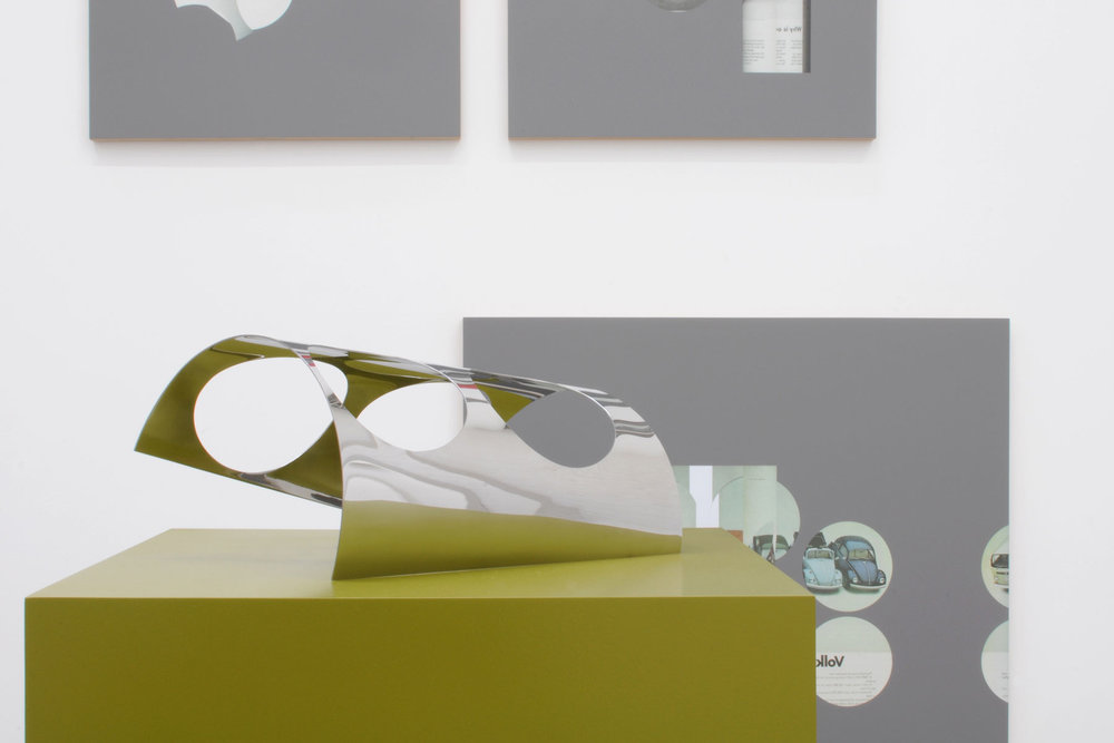 Kelley-Walker_Catherine-Bastide_2012_exhibition_Brussels_13.jpg