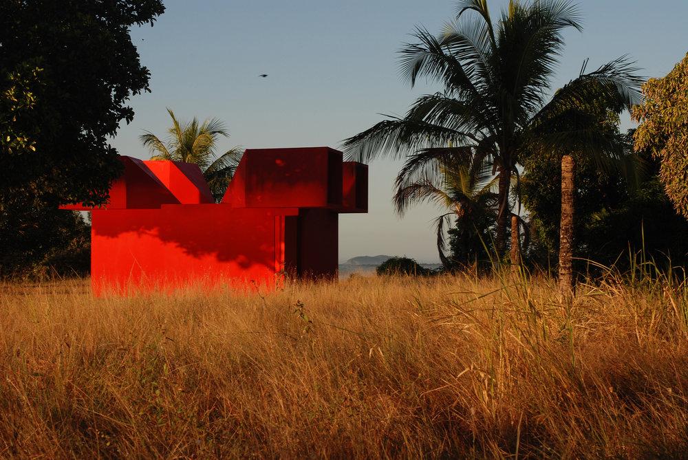 Jean-Pascal Flavien,  viewer,  2007, Maricá, Rio de Janeiro, 4 × 7,7 × 4,9 m