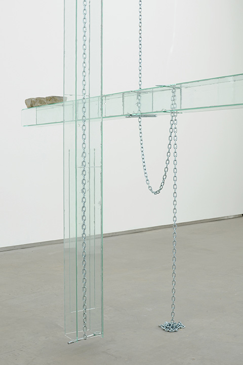 Manuel Burgener,  Untitled , 2013, glass, glue, bolts, chains, cobbles, dimensions variable (detail)