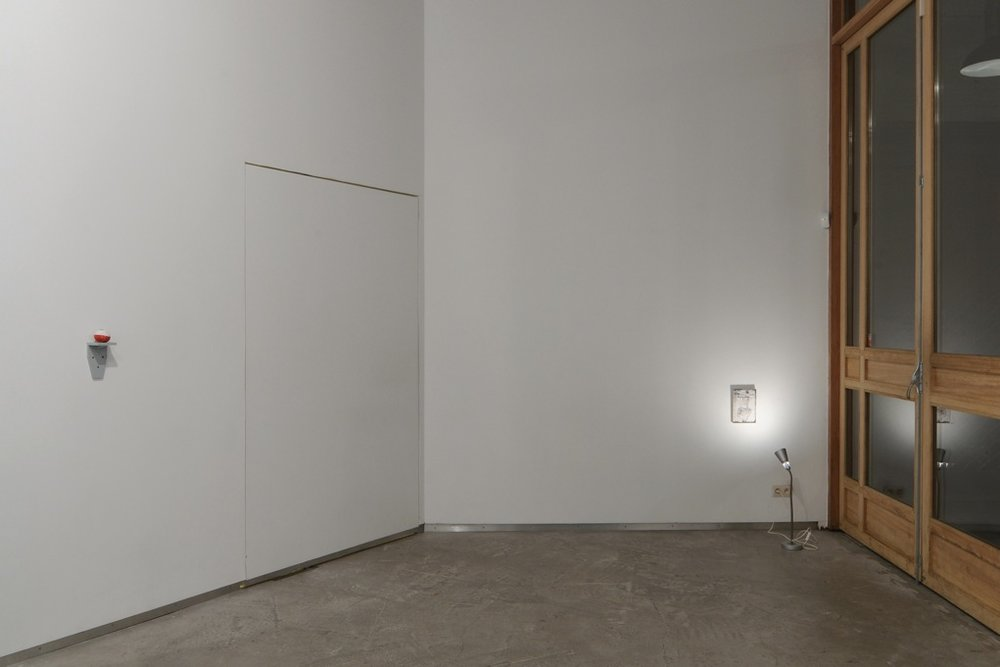 Three Projects,  Catherine Bastide gallery, Brussels, 2012, exhibition view