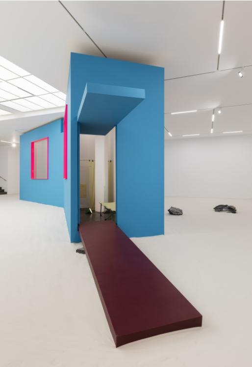 Jean-Pascal Flavien,  Ballardian House,  Esther Shipper, Berlin, 2017, exhibition view. Photo © Andrea Rossetti