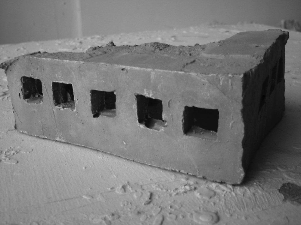 Jean-Pascal Flavien, Landscape house , 2000, concrete model, 7 x 15 x 9 cm