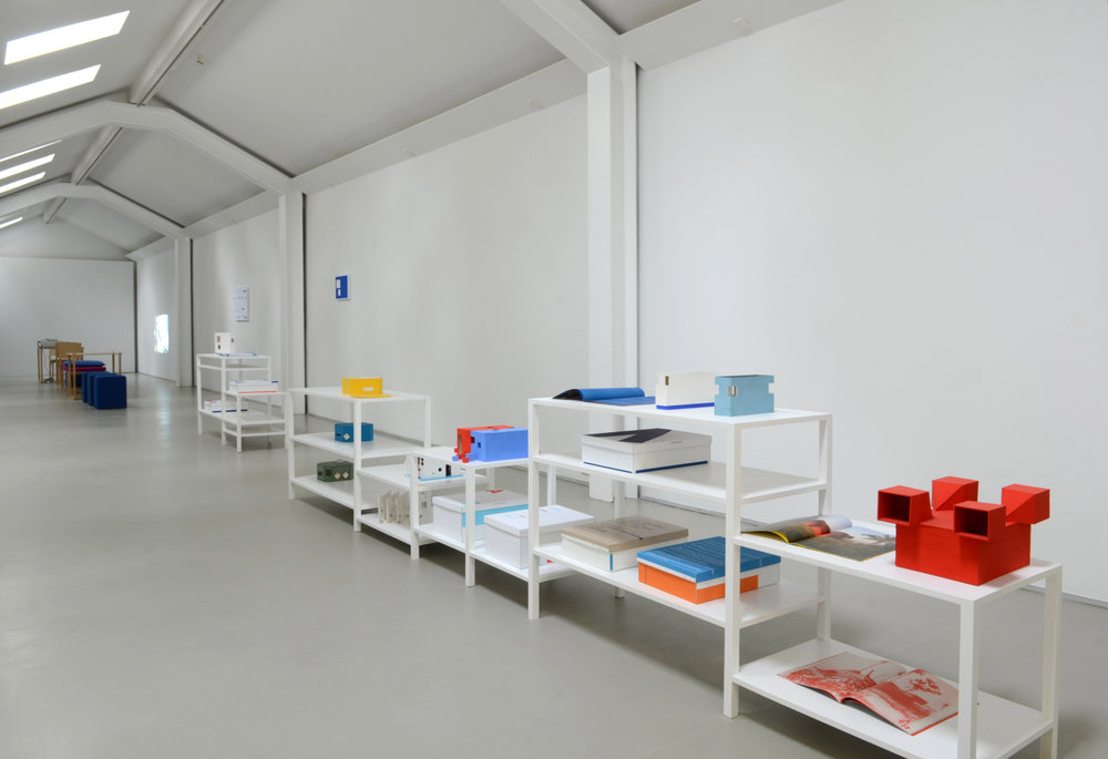 Jean-Pascal Flavien, Models with books and boxes, exhibition Kunstverein Langenhagen,  2012