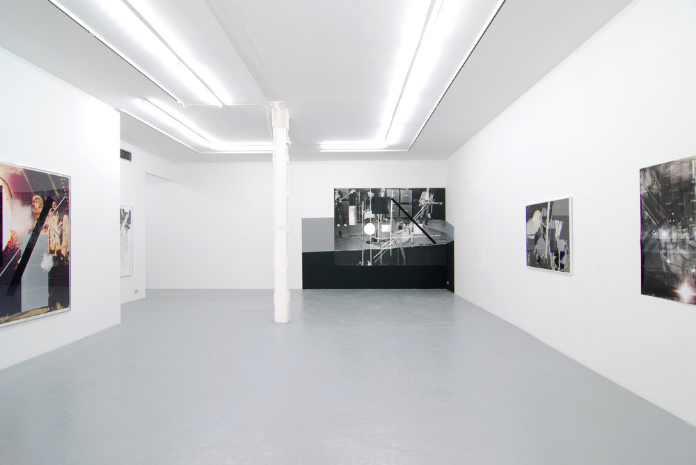 Meredyth Sparks , There's one in every crowd , Catherine Bastide gallery, exhibition view, 2009