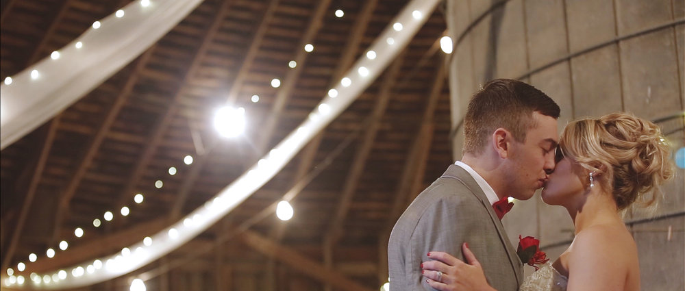 round-barn-ranch-wedding-film.jpeg