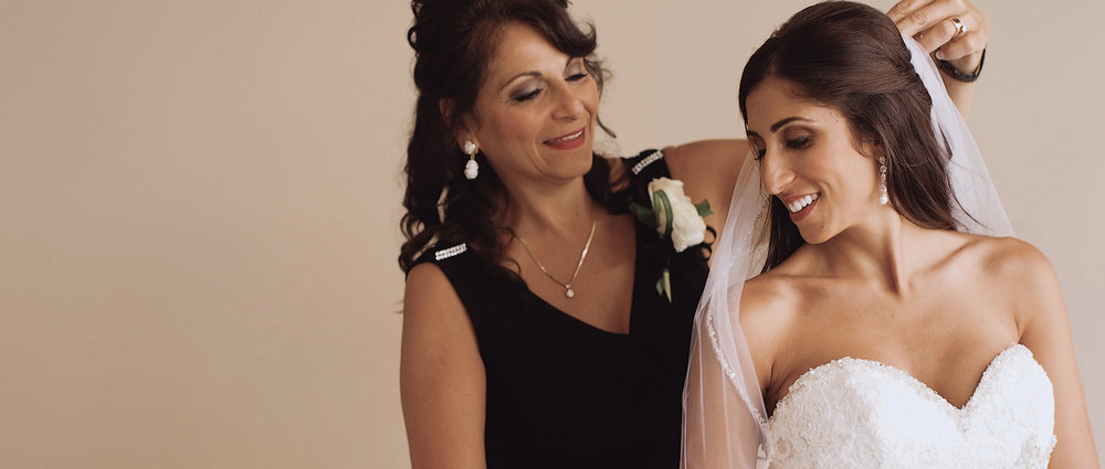 bride-and-mother.jpeg