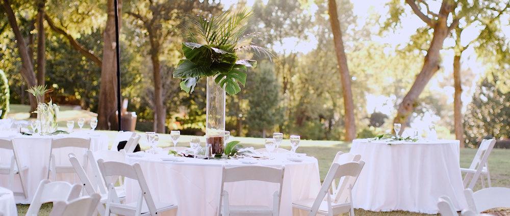 unique-wedding-table-decorations.jpeg