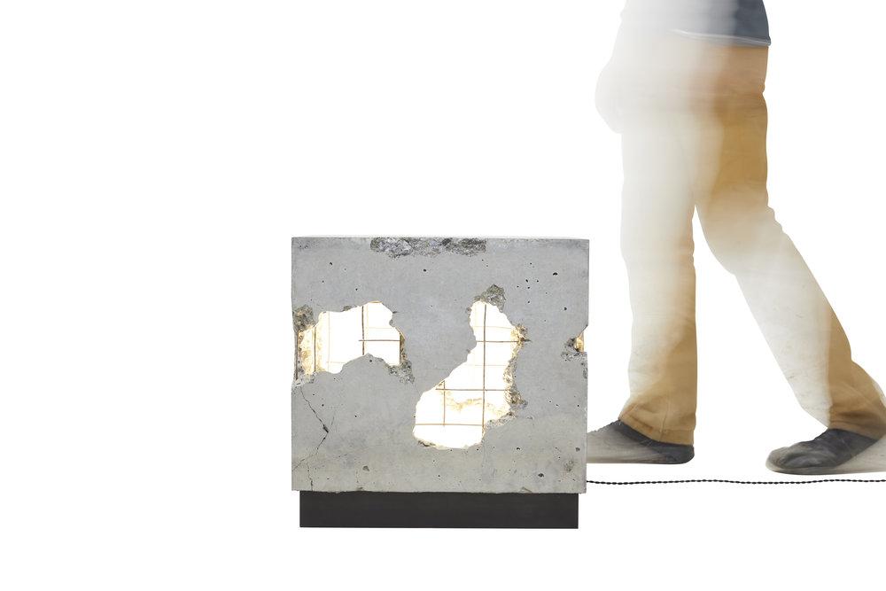 SR Cracked Side10.jpg