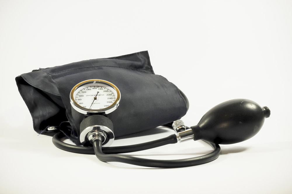 sm blood-pressure-pressure-gauge-medical-the-test.jpg