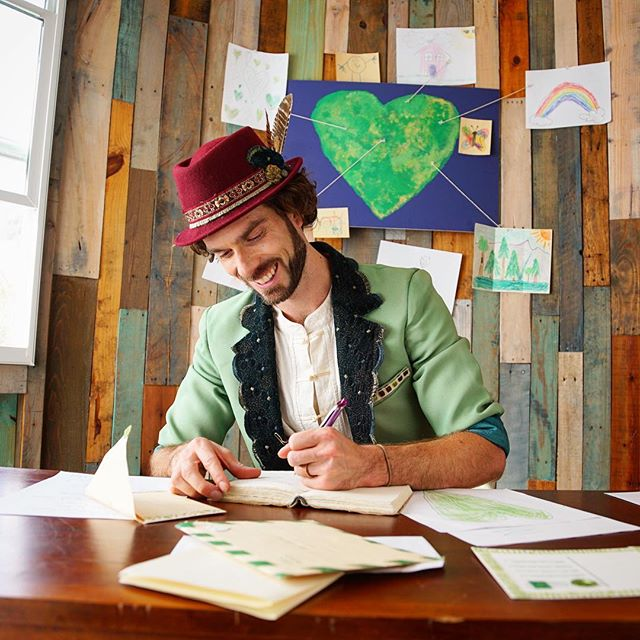Write a handwritten letter to someone you're grateful for this weekend!  There's nothing more touching than receiving a heartfelt note in your snail mail instead of just bills and coupons!  I wrote one this morning, and it feels so good to express your love through this dying art...handwritten letters are a practice I intend on preserving!  Who's with me!? #mrgreenheart #mistergreenheart #treehousetribe #treehouse #art #handwrittenletters #gratitude #love #lefty #greenheart #magic #adventure #optoutside #nature #inspiration #positivity #staypositive  #family #kids #snailmail #cypressvalleycanopytours #artistree