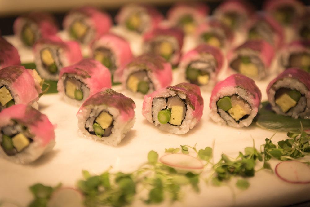 Pink Flower Roll: Albarcore tuna, asparagus, sushi rice by Chef Takayhiro Sato (Hapa Izakaya) 📷credit: Picture Listen