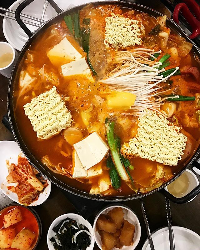 Cold nights call for spicy AF Korean Hot Pot. @robsonstreet #koreanfood #hotpot. • • • • • #foodiegram #vancouverfood #vancouvereats #yvrfoodie #yvrfood #vancityfood #604eats #yvreats #narcityvancouver #eatcouver #vancouverfoodie #vancitylife #curiocityvan #foodcouver #vancityeats  #igvancouver #foodblogger #vanfoodie #vancitybuzz #dishedvan #dhvanfood #foodporn