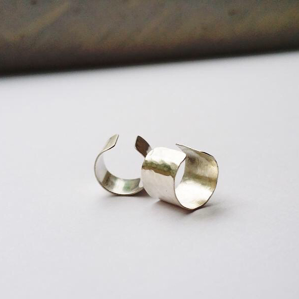 If you're looking for beautiful and unique gifts this Christmas, the Ku-ring-gai Artists Trail has you sorted! • New to Venue #3 @rosietainsh_art in 2017 are Shannah Gray (@thegrayflamingo) and Jenna Robinson. • Shannah creates gorgeous, fine jewellery and accessories with collections reflecting simple beauty, fun, freedom, and artistic expression. Jenna creates funky, laser-cut, wooden jewellery and homewares. • Bringing an exciting, new aesthetic to the trail, you're sure to find the perfect gift for a loved one, or something to spoil yourself with. • Trail starts Saturday at 10 am - katrail.com.au for map and info (link in bio) • #KAT2017 #kuringgaiartists #sydney #art #whatsonsydney #northernsuburbs #northshoreart #arttrail #kuringgai #whatsonkuringgai #hornsby #sydneyart #artaustralia #shoplocal #christmas #gifts #handmade