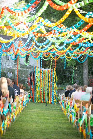 Paper-chain-wedding-backdrop-1.jpg