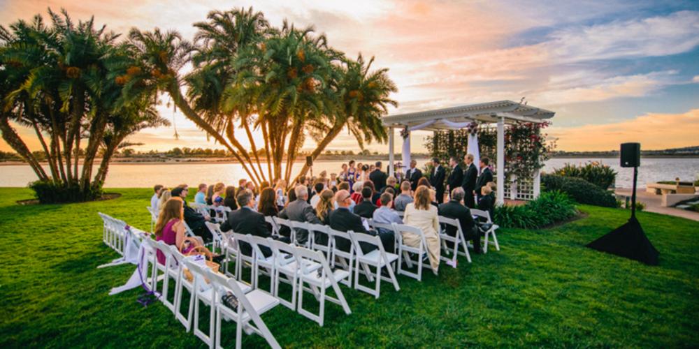 Hilton-San-Diego-Resort-Wedding-San-Diego-CA-16.1435694418.png