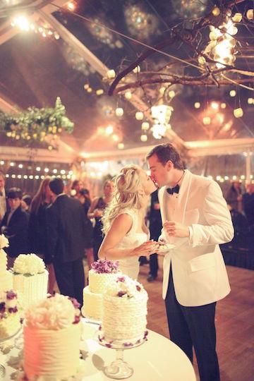 Wedding-Cake-Cutting.jpg
