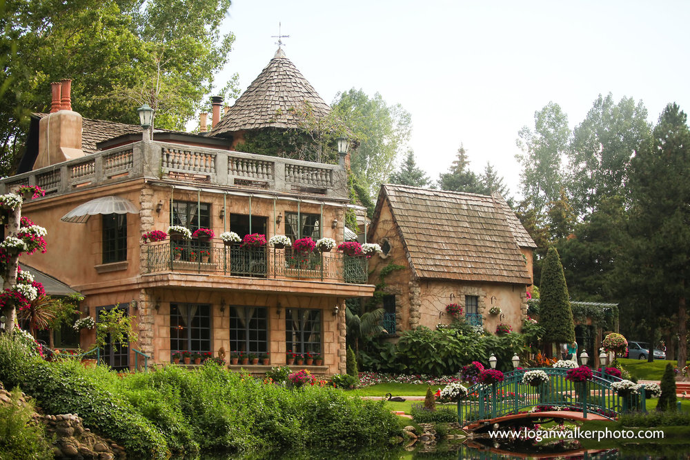 2017 Award Winner, La Caille located in Sandy, Utah. Check out this venue on Wedding Spot!