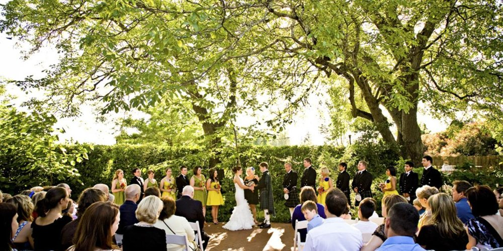 McMenamins-Edgefield-Wedding-Troutdale-OR-4.1429554467.jpg