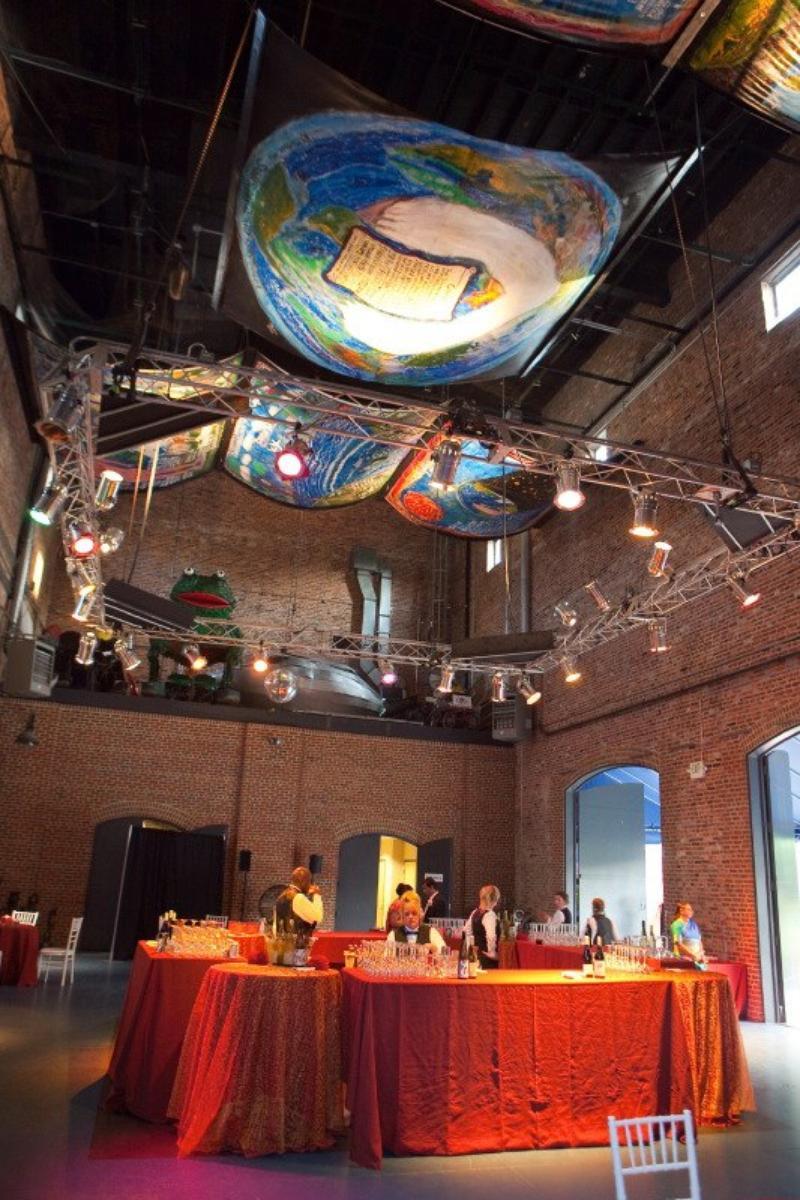 American-Visionary-Art-Museum-Wedding-Baltimore-MD3.1430663771.jpg