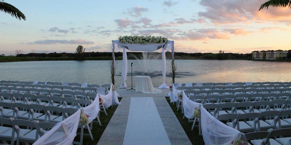 Vista-Lago-Ballroom-Wedding-Miami-FL-10.1427905762.jpg