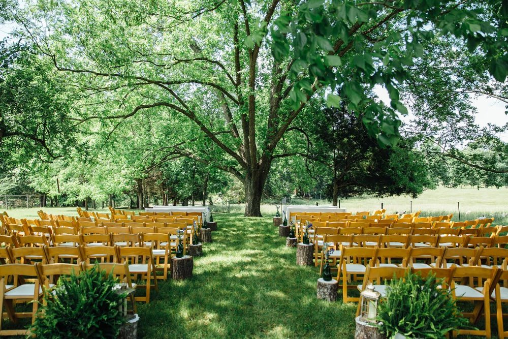 10-of-Our-Favorite-Farm-Wedding-Venues-in-the-U.S.-00003.jpg