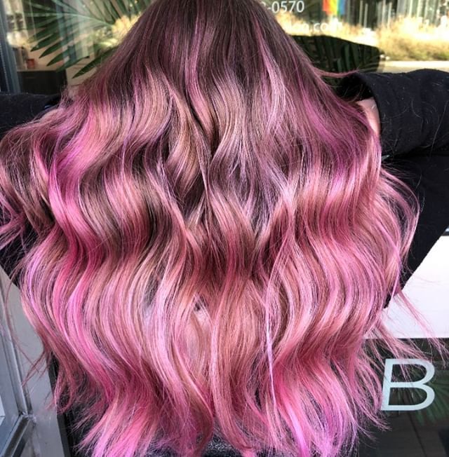 CRASHING WAVES OF PINK 🌸🌸🌸 Stunning work by associate stylist, Kylie! @legallyblonding⠀⠀⠀⠀⠀⠀⠀⠀⠀ .⠀⠀⠀⠀⠀⠀⠀⠀⠀ .⠀⠀⠀⠀⠀⠀⠀⠀⠀ .⠀⠀⠀⠀⠀⠀⠀⠀⠀ .⠀⠀⠀⠀⠀⠀⠀⠀⠀ .⠀⠀⠀⠀⠀⠀⠀⠀⠀ .⠀⠀⠀⠀⠀⠀⠀⠀⠀ .⠀⠀⠀⠀⠀⠀⠀⠀⠀ #industrysalonseattle #seattle #seattlehair #seattlehairsalon #seattlehairstylist #hair #hairporn #hairgoals #behindthechair #modernsalon #hotonbeauty #btcpics #americansalon #pulpriot #pulpriothair #pulpriotisthepaint #riotsquad #mermaidhair #vividhair #brighthair