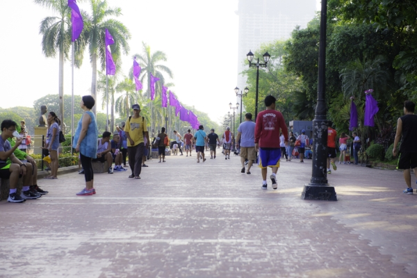 Rizal Park fills with life early in the morning