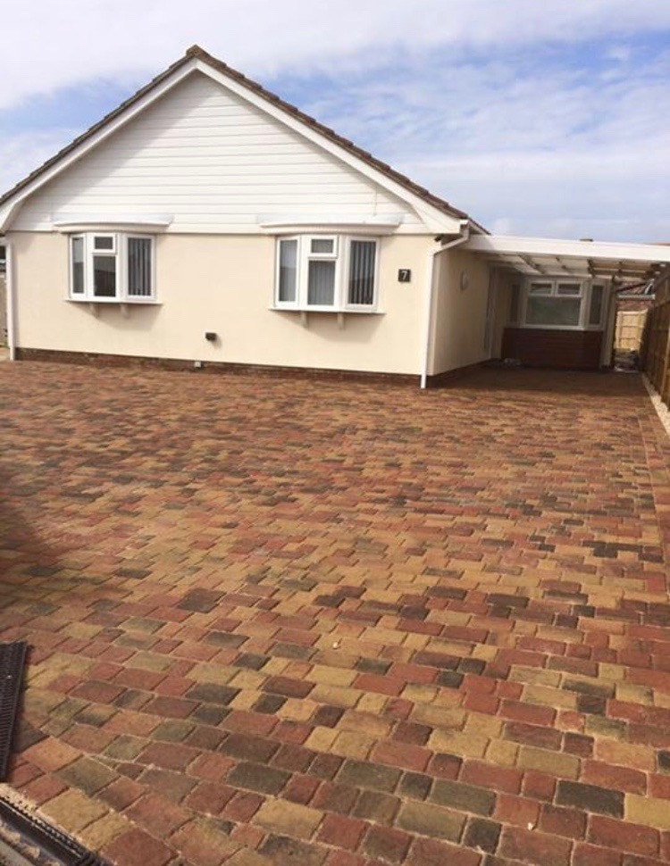 Regatta Paving in Autumn gold