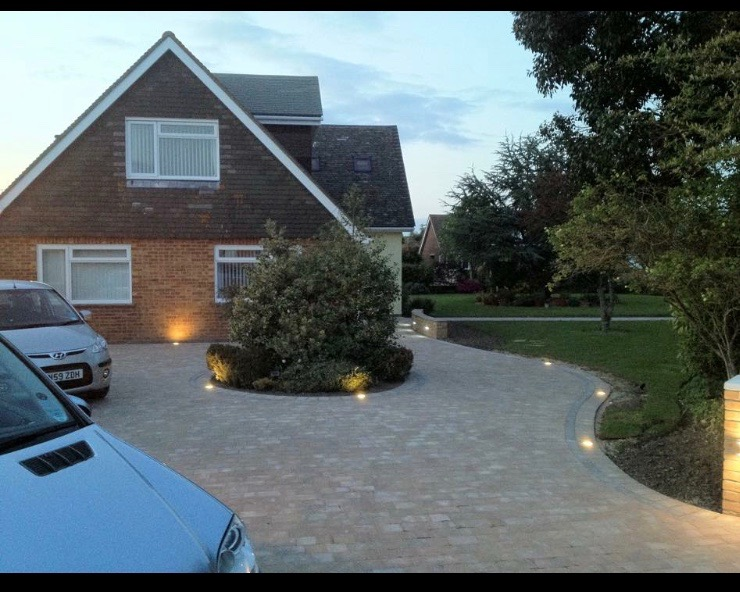 Driveway lighting with the Alpha Block