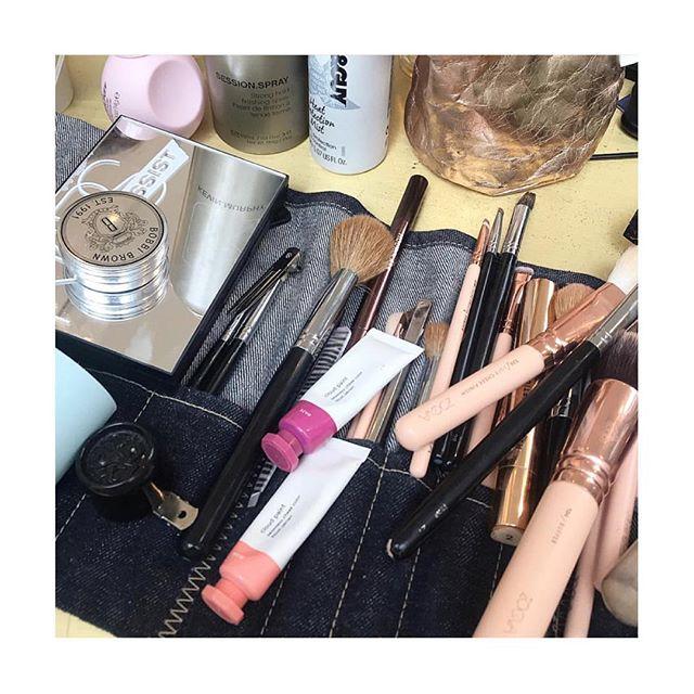 Set ups with @hayleyamundsenbeauty #loroller #lorollerbrushrolls