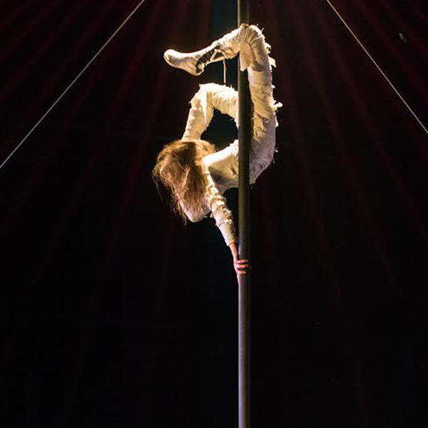 Justine is an international contemporary circus artist of aerial and acrobatic performance, inspired through dance to create bespoke and expansive work , for the stage, the air, from small to large scale productions and events.