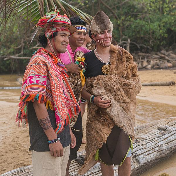 SHAYARI & CHILE MAPUCHE FROM PERU